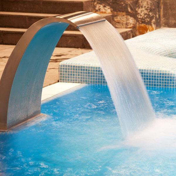 alimentation spa piscine