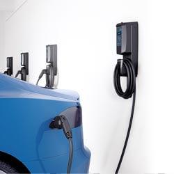 Laval Borne de recharge de véhicule électrique FLO